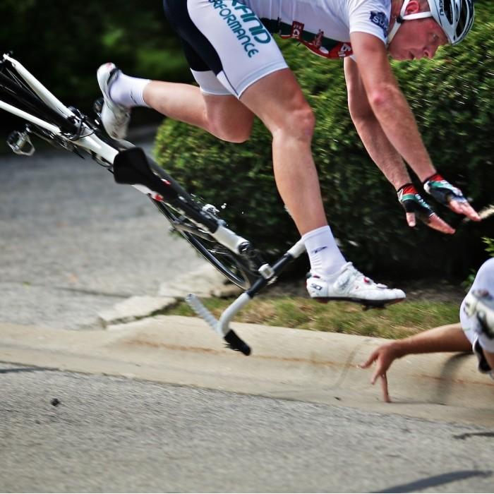 Co robić po rowerowej kraksie